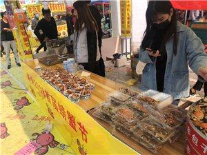 周末来螃蟹节,结果就看见一家卖螃蟹的…