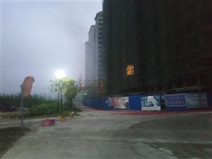 儋州京艺源小区燃放烟花爆竹污染环境