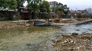马莲河变成臭水沟