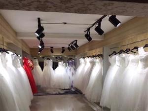 售(租)新郎.新娘服,各种礼服,化妆,美