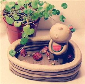寒假来泥巴君陶艺馆做陶艺吧