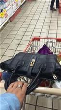 超市是一个让人来了觉得钱不够的地方,看到