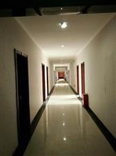 咸阳人民西路核心地段,国棉二厂生产区东侧四层有600平米精装商务写字楼