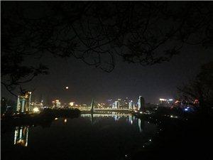 夜色�L景