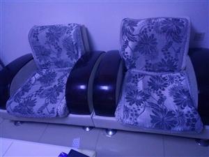 威尼斯娱乐,沙发400元可议价,新做的沙发垫,