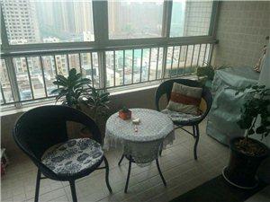 城北凤城八路东段中医院旁121平三室两厅空房出售