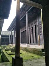 大家周末可以约上三五好友去兴义悟惑寺郊游