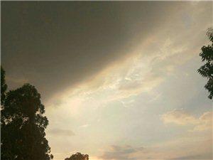 回家的路上,夕阳西下断肠人在天涯