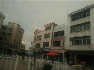 澄江大热天惊现彩虹,请问是什么情况,要下雨了吗?