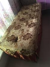 出售木质美容床唱工优秀壮实耐用