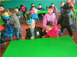 阳新龙港镇新蕾幼儿园生活掠影