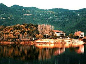 留住了秋天的升钟湖