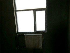 房屋出售该房屋楼下是实验