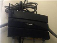 tplink wdr6300,2.4G,5.0G双频无线路由器,4根天线!信号超强!!还有5台,宾馆...