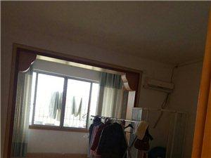 西关口五楼130�O三室两厅一卫32万