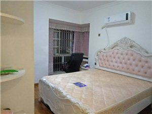 福临门名郡3室2厅2卫2000元/月