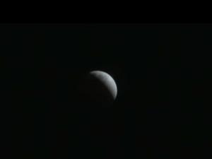 见证月全食