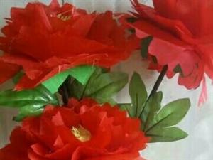 我喜欢做手工布艺花,牡丹花。玫瑰花。菊花