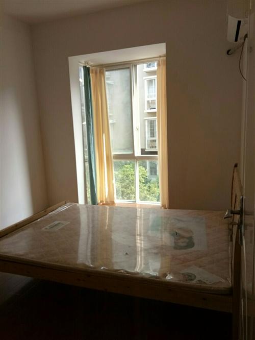 粼江风景3室2厅1卫1200元/月