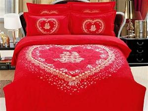 谁结婚都想床上被子怎么摆放好我们来看