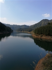 游洪雅玉湖岚山