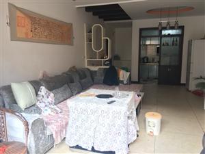 龙腾锦城3室2厅1卫61万元