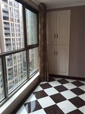 路易大地4室2厅2卫152万元