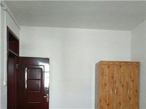 青屏派出所旁边有一套三室一厅出租,联系人