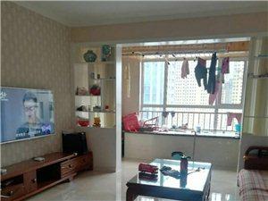 龙苑一期3室2厅精装拎包入住2500元/月