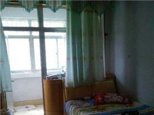 新世界小区3室1厅1卫12000元/月