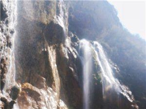 陇南滴水崖瀑布