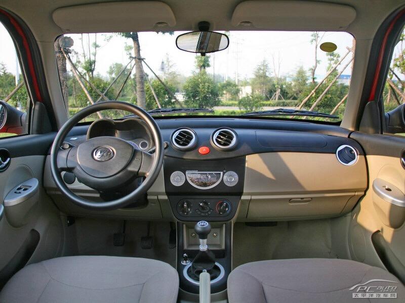 2012年手動高配小轎車