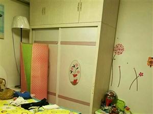 雅居苑3室2厅1卫42万元95平