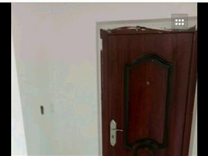 普霖第一城3室2厅1卫1300元/月