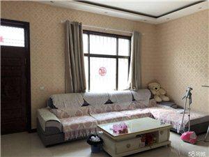 星阁路独院4室2厅2卫63万元
