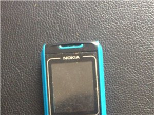 诺基亚小手机,一点毛病没有,单卡,自己想换一个双卡的,所以打算出售。