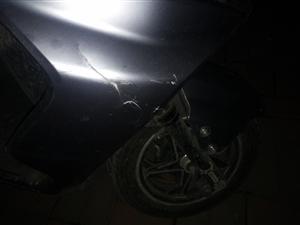 谁撞我车子了?有认识这个人的评论一下。谢谢了。