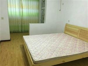 维朗山(海川园)2室1厅1卫1300元/月