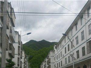 美丽乡村,深山人家,休闲度假村。