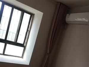 安天华府3室2厅1卫1000元/月
