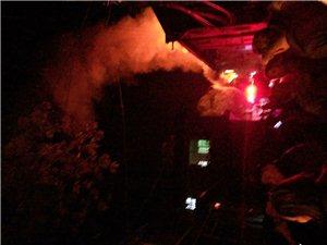 大写的尴尬!昨晚文宫的火灾,消防车来了喷了5分钟,没水了...