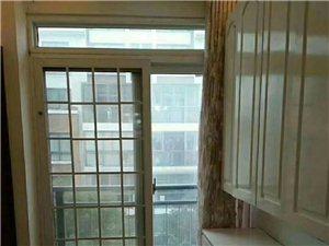 丽景国际多层四楼精装修122平方140万元