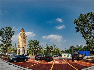 (江阳hjp)泸州市唯一国优律师刘先赋,其闺女和女婿自行创业,在龙马潭区杜家街天立外滩一号三期钟楼广