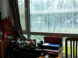 金岭水岸华庭123平83万三室简装带储藏室