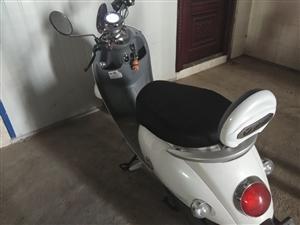 有喜欢这个雅迪电动车的可以联系我,低价出售