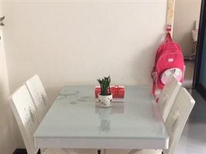 新买餐桌、没用、一直闲置在家、想要的联系