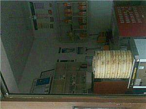 黄金铺面,机场高铁旁,中央府邸大门口旺铺转让。电话15025196589