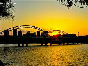 太美了,我的�M城!