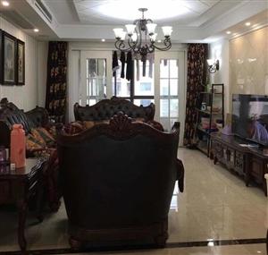 锦绣府邸142平米豪装3室2厅2卫162万元