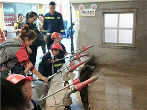 """汉川思桥国际幼儿园""""星期8小镇""""亲子体验游活动!"""